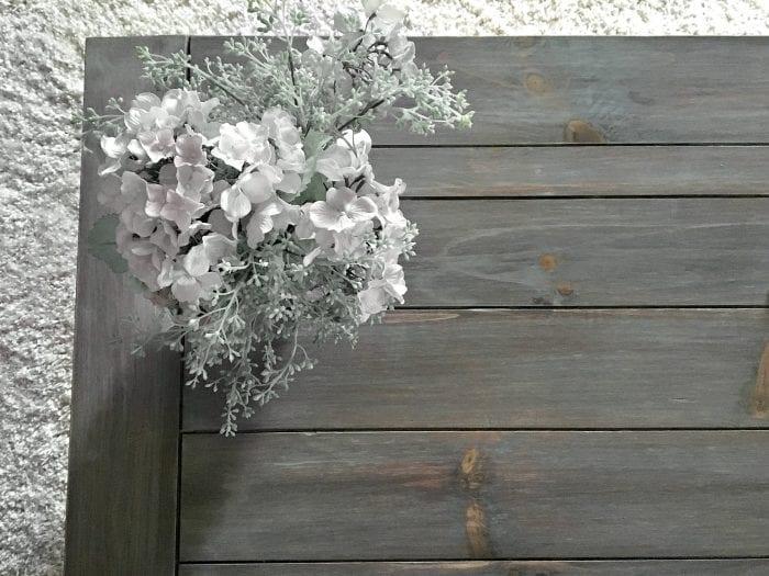 Driftwood finish with flower vase